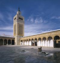 Ez-Zitouna-Moschee oder Ölbaummoschee (8. Jahrhundert). Tunis, Tunesien. Iberfoto. Photoaisa.