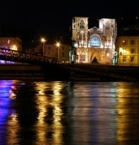 Catedral de Saint- Maurice, en Viena do Delfinado. Vienne, Isère, Francia. Matteo Natale. Fotolia.