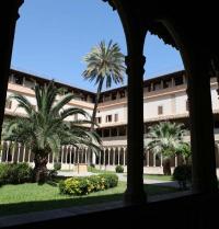 Claustre gòtic. Convent de Sant Francesc. Palma. IRU, SL.