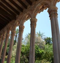 Cloister and garden. Monastery of Miramar. Valldemossa, Mallorca. IRU, SL.