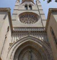 Neogothic façade (1894-1924); the rose window is from the original gothic church (12th and 16th centuries). Santa Eulalia Church. Palma. IRU, SL.